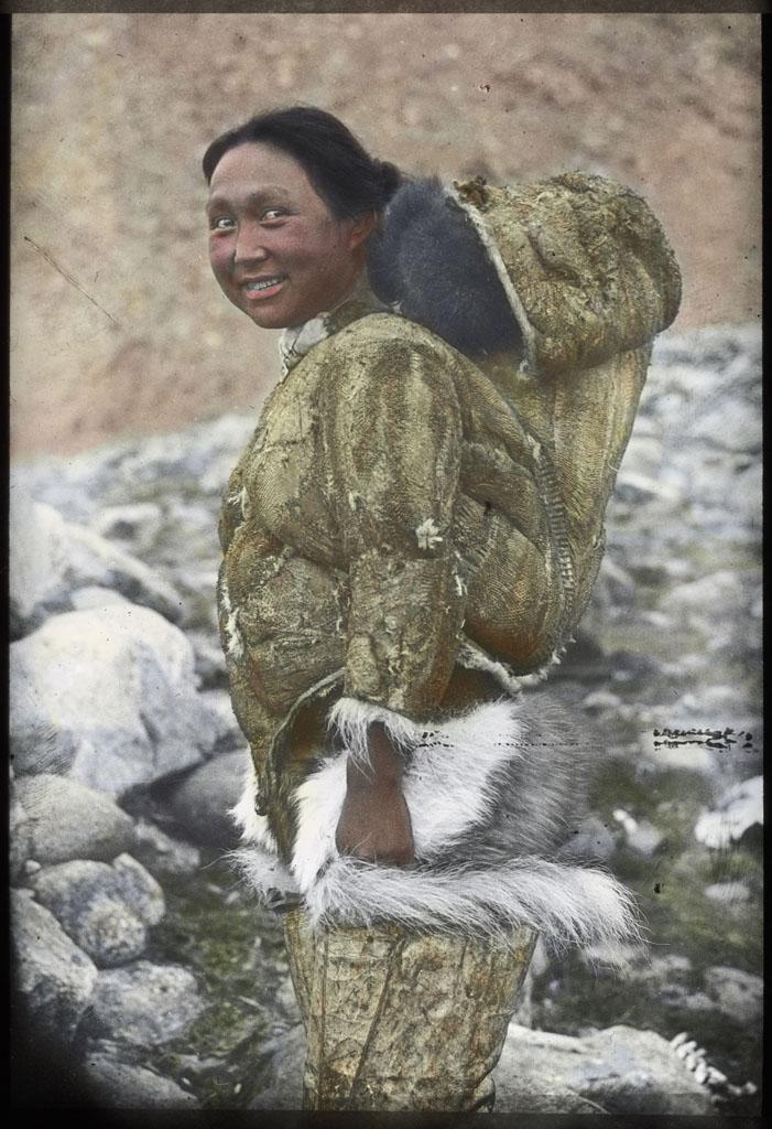 Donald Baxter MacMillan; Ah-ka-ting-wah and Baby in Hood; 1913-1917; image; silver gelatin on glass; 10.16 cm x 8.26 cm x 0.64 cm (4 in. x 3 1/4 in. x 1/4 in.); TGM; North America
