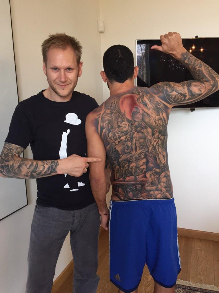 Tevez-tattoo-inferno-schiena-juventus-dante