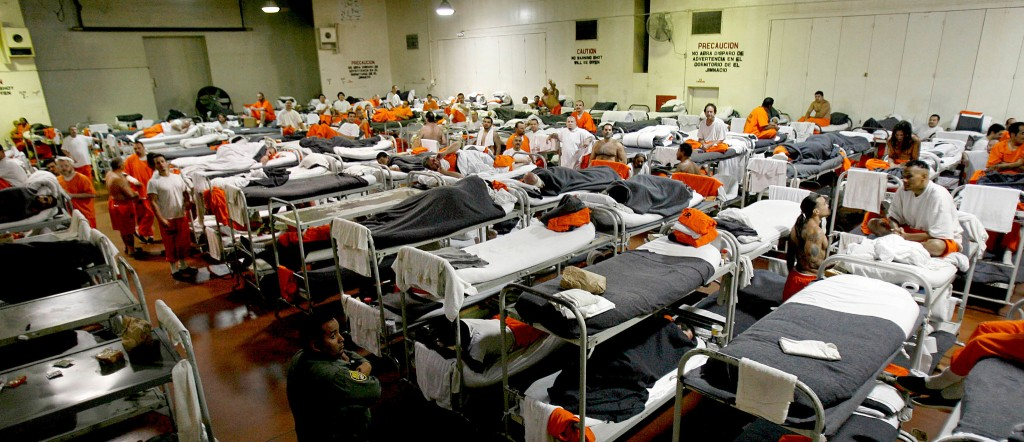 Ferguson-Inferno-Prison-Chino-Dante
