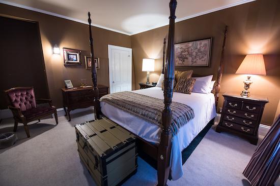 white cedar inn room